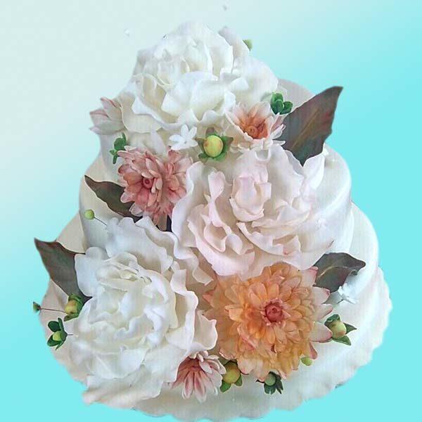 Сватбена торта Бели божури SV12 - Dolce Mela